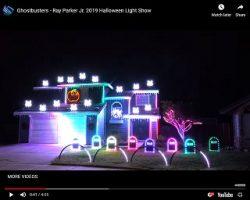 Viral Video: Awesome Halloween Display